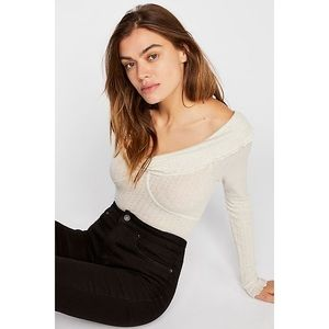NWT Free People Off the Shoulders Ruffle Top XS